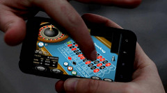 Playing an online casino game on the phone - 8 Things about Online Casinos to Explain How They Became So Popular